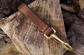 Leather-belt loop with brass bridle hook in light brown hand stitched by sh