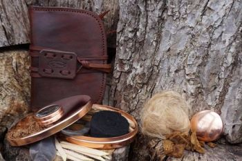 Fire full hudson bay tinderbox and pouch for beaver bushcraft