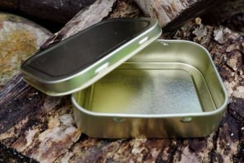 Containers-1oz tobacco tins for beaver bushcraft in Brass