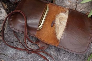 leather striped pioneering pouch with tinder for beaver bushcraft