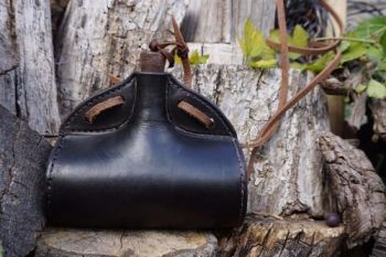 leather handmade barrel bottle in rustic for beaver bushcraft