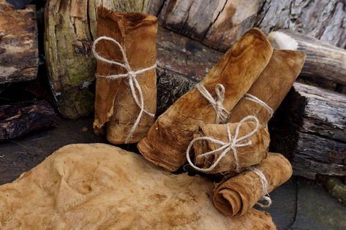 Fire lighting  amadou sheets  for beaver bushcraft