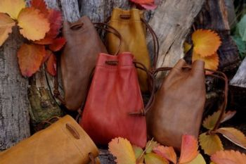 fire and leather hand dyed autumn colour tinder pouches by beaver bushcraft