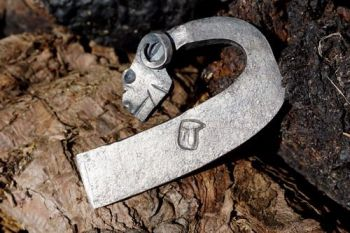 Beaver bushcraft fire rams head traditional fire steel showing makers mark