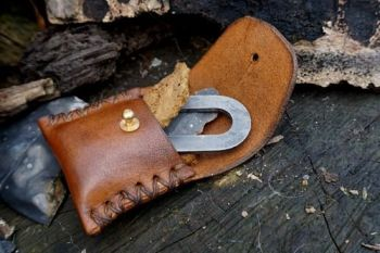 Fire and leather sam brown mini pocker fire kit for beaver bushcraft.open