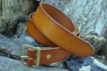 Leather norseman belt for beaver bushcraft
