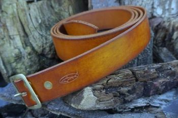 Belt the renaiasance belt showing the shark desgns logo for beaver bushcraf