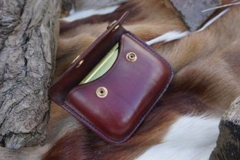leather hand stitched burgandy leather tinder possibles pouch for beaver bu