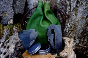 Fire GOT tinder pouch with dragon flint & steel by beaver bushcraft