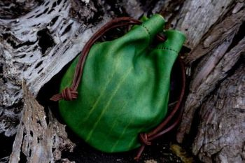 Leather green GOT leather tinder pouch by beaver bushcraft