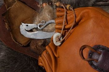 fire viking sea horse striker by beaver bushcraft with viking pouch