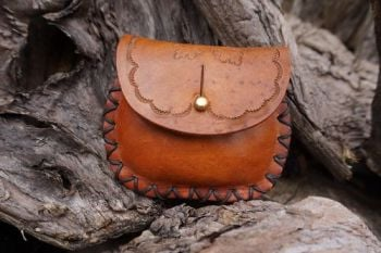 leather hand tooled oak leaves design with apaina by beaver bushcraft
