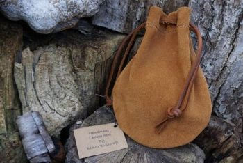 leather soft suede tinder pouch hand crafted by beaver bushcraft