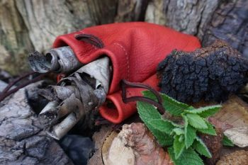 leather hand dyed cherry red foraging pouch by beaver bushcraft