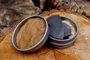 fire mini tin tinder fire lighting kit with flint and steel beaver bushcarf