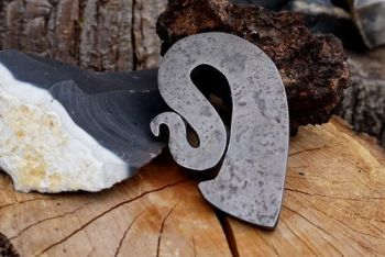 Fire curly r viking inspired flint and steel striker by beaver bushcraft