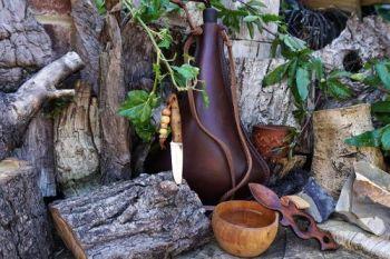 leather viking bottle water drinking vessel for beaver bushcraft