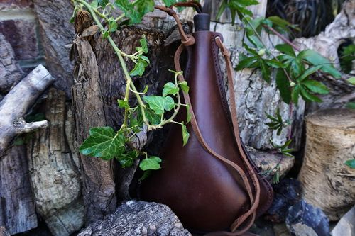 READY-2-GO - Handmade 'Viking' Style Leather Bottle/Flask - Chocolate Brown