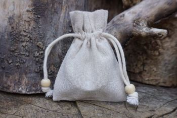 fire make your own mini char cloth kit drawstring pouch for beaver bushcraf