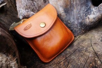 leather possibles pouch for beaver bushcarft ready to go