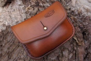 leather hand stitched hand dyed saddle tan 1 ounce tobacco pouch by beaver
