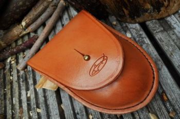 leather bespoke saddle tan hudson pouch for beaver bushcraft