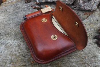 leather bespoke 2oz poct saddle stitched by beaver bushcraft