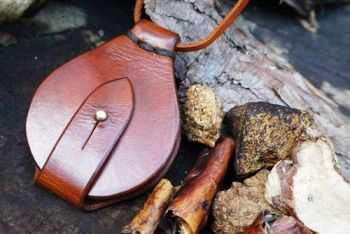 fire and leather hand dyed soar pendant wallet style made by beaver bushcra