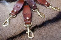 BESPOKE - Curved Belt Loop with Solid Brass Bridle Hook - RIVETED (45-7912)
