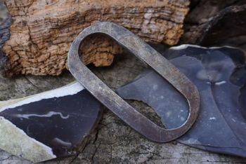 fire large oval fire steel elongated by beaver bushcraft