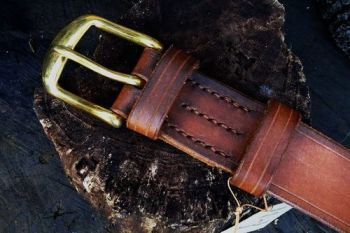 leather 801 hand dyed ready to go belt in hazel brown for beaver bushcraft