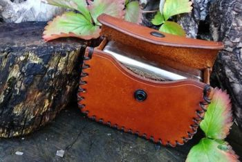 fire and leather pouch by beaver bushcraft of the flandres tinderbox