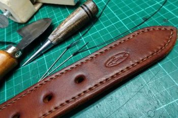 Leather hand stitched bespoke belt by beaver bushcraft