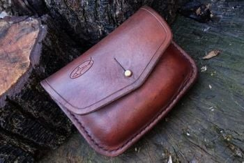 leather handstitched possibles pouch made by beaver bushcraft