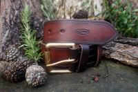 Leather 801 belt hand stitched in mahogany for beaver bushcraft
