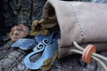 leather nubuck vintage taupe possibles pouch by beaver bushcraft