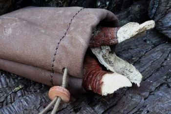 leather vintage nubuk small possibles pouch by beaver bushcraft