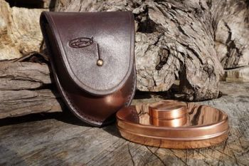 leather-handstitched hudson Bay Pouch in brown for beaver bushcraft