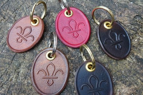 Leather Key Ring - 'Fleur-De-Lis' Scouts - Handmade - Hand Dyed (9-0094)