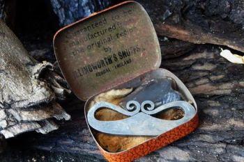 Vintage snuff tinderbox rare by beaver bushcraft