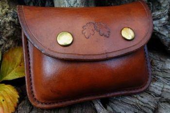 Leather acorn 20z tinder pouch by beaver bushcraft