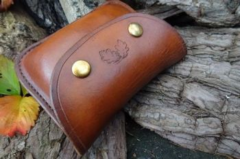 eather 2oz tin leather handmade outdoor belt pouch made by beaver busgcraft