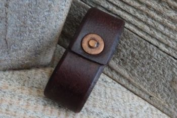 Leather rivetted free runner belt loop extra item by beaver bushcraft