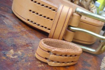 Sewing of a beaver bushcraft bespoke belt hand stitched