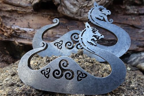 Viking Humpback Dragon with Celtic Knots - Traditional 'Flint & Steel' Fire
