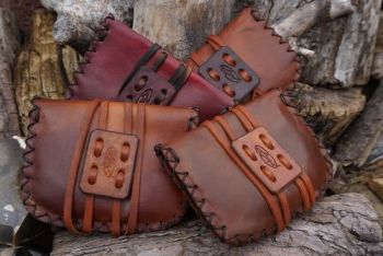 leather pioneering pouches hand dyed readt 2 go by beaver bushcraft