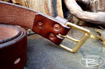 leather 101 hand riveted belt showing detail by beaver bushcraft