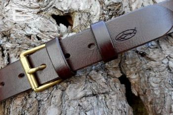 leather 101 handmade belt with cover rivets by beaver bushcraft