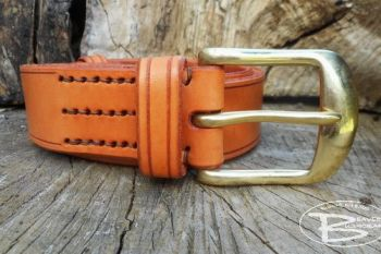Leather 501 hnd stitched belt made by beaver bushcraft