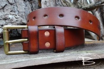 Leather 221 handmade belt made by beaver bushcraft